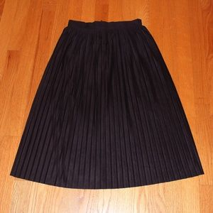 Zara Faux Suede Navy Skirt with Pleats